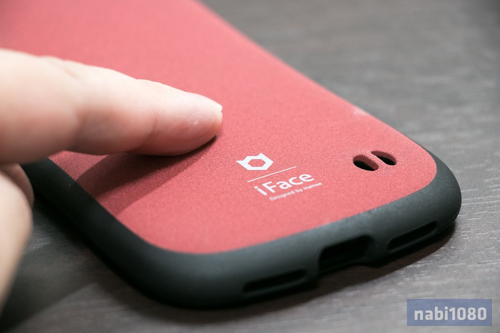 iFace iPhone X04
