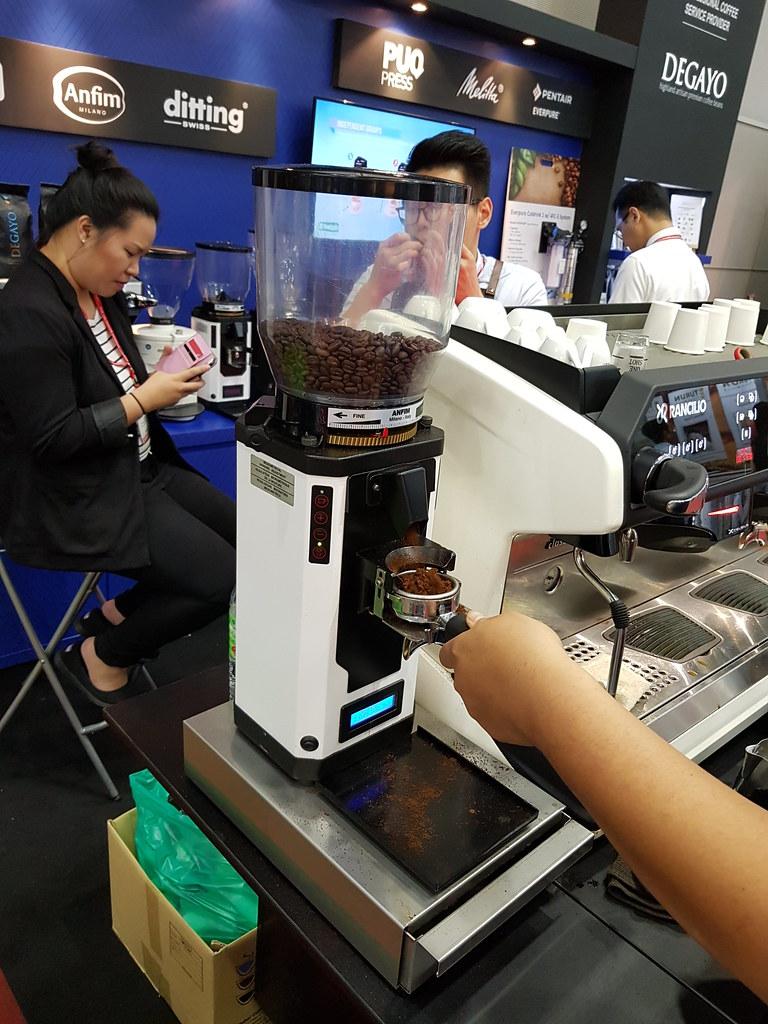 Ditting Coffee Grinder @ FHM2017 KLCC