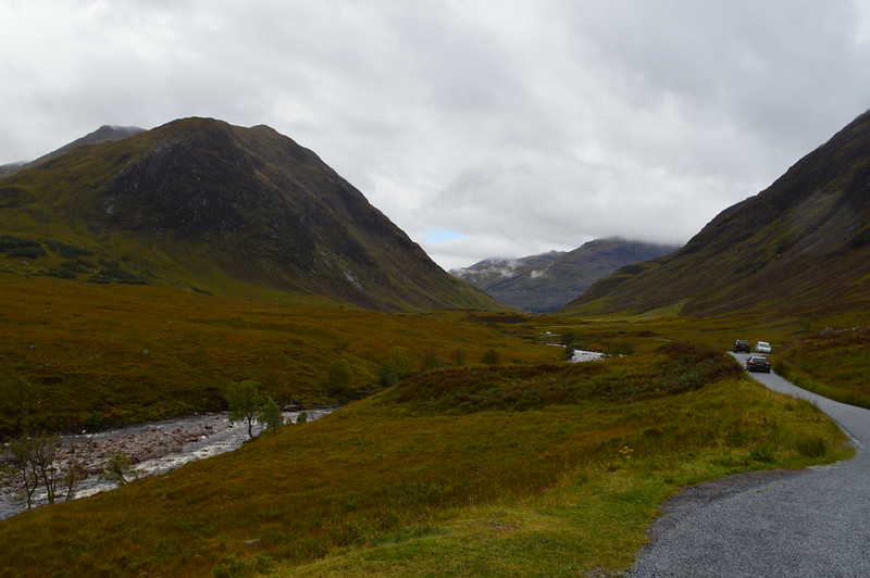 This is a pictre of glen etive near glen coe