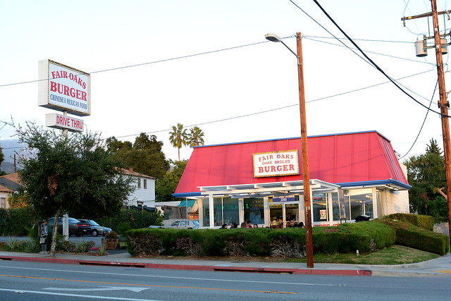 Fair Oaks Burger - Altadena