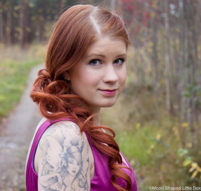 EcoBeauty Meikki Ja Kampaus Eco Beauty Hair Joensuu Iltapuku Ompelimo Rokita make up juhlameikki Joensuusta Joensuu bloggaaja tyyli kampausideat kampaus pitkiin hiuksiin meikki luonnonkosmetiikka