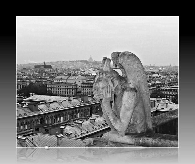 Notre-Dame de Paris: B&W Gargoyle