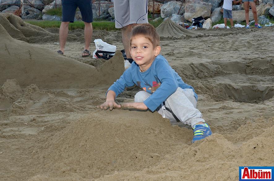 'Kumdan Heykel Yarışması' -11