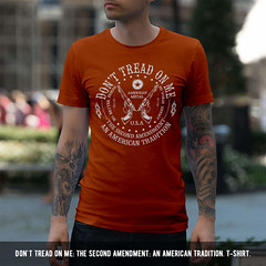 Don't Tread on Me: The Second Amendment: An American Tradition. T-Shirt.