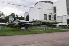 Mikoyan-Gurevich MiG-23S - 3