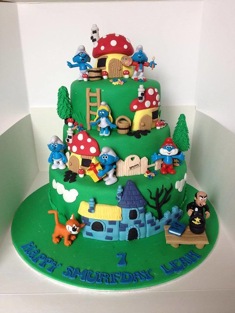 Smurf Cake by Jessie Bakes Cakes