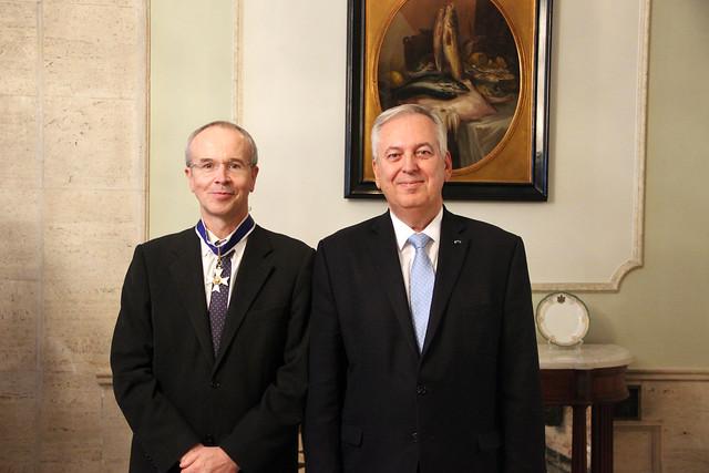 Reitor da UC condecorado com a Ordem do Rio Branco