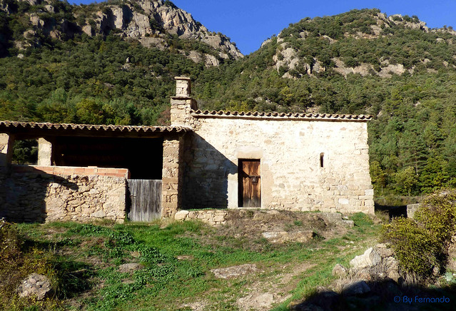 Solsonès 2017 - Exc 05 - Pla de Busa -08- Serra de Valielles -03- Casa Valielles de Busa -03- Iglesia de Sant Andreu