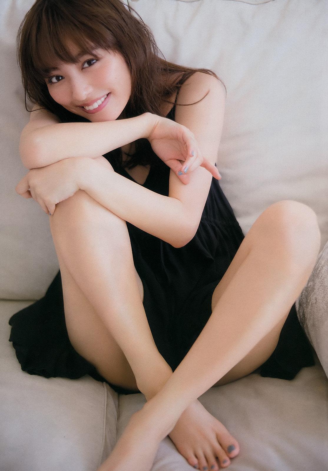 内田理央06