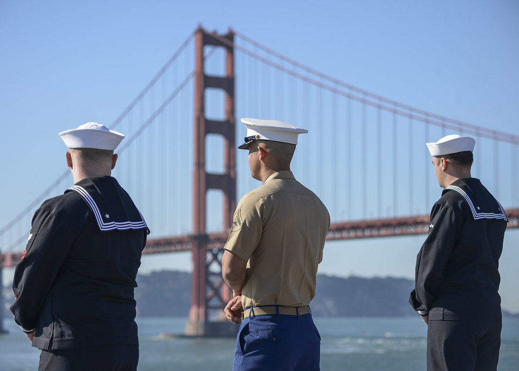 The amphibious assault ship USS Essex (LHD 2), mine countermeasures ship USS Champion (MCM 4), and Royal Canadian Navy Hfrigate HMCS Winnipeg (FFH 338) departed San Francisco Oct. 10, bringing the 37th annual Fleet Week San Francisco to a close.