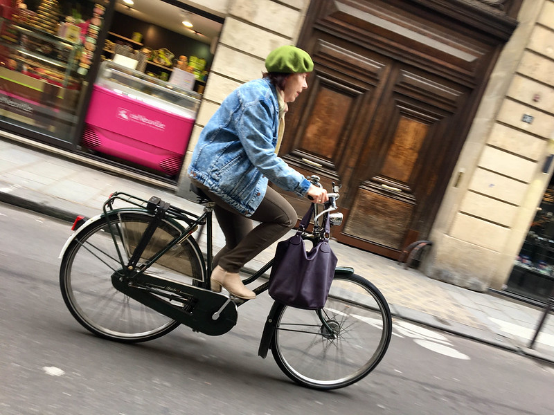 Paris bikes and street scenes-54.jpg