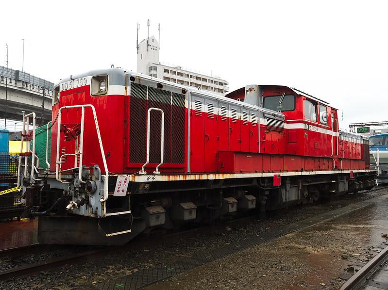 DD51 759