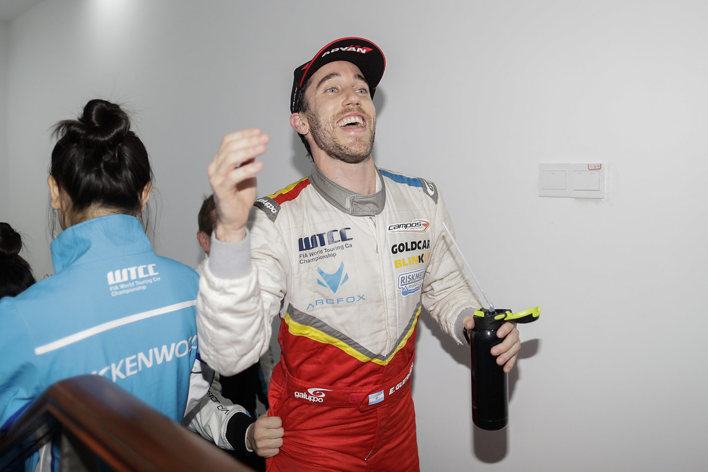 GUERRIERI Esteban (arg) Chevrolet RML Cruze team Campos racing ambiance portrait podium ambiance  during the 2017 FIA WTCC World Touring Car Championship at Shanghai, China, ningbo,13 to 15 - Photo Frederic Le Floc'h / DPPI