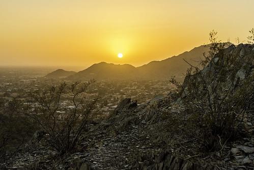 sunset arizona mountains foothills hiking wilderness desert arid golden light tomclarkphotographycom tacphotography tomclark d7100