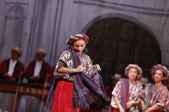 Ballet Moderno y Folklórico concluye su Temporada Familiar con homenajes y variedad