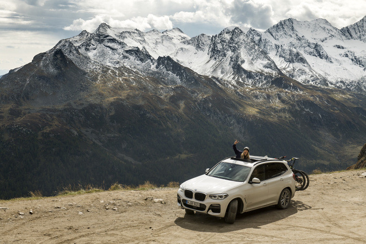 Kelly Jayne BMW Mountains blog pos