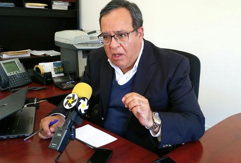PÁG. 4 (4). C.P. Jesús Arturo Díaz Medina, secretario de Administración y Finanzas del gobierno del estado de Dursango...