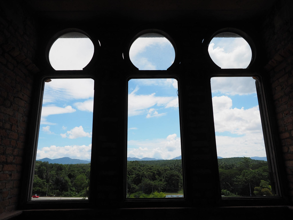 Triple window in the Kellie's Castle