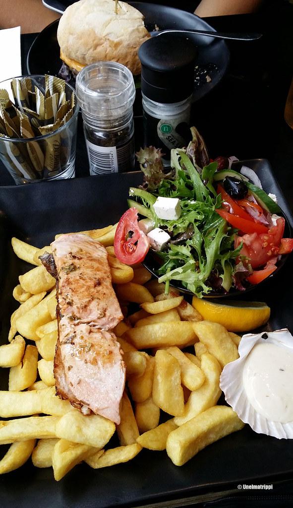 Lohiannos Black Cod -ravintolassa Melbournessa, Australiassa
