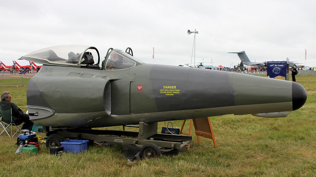 XF113