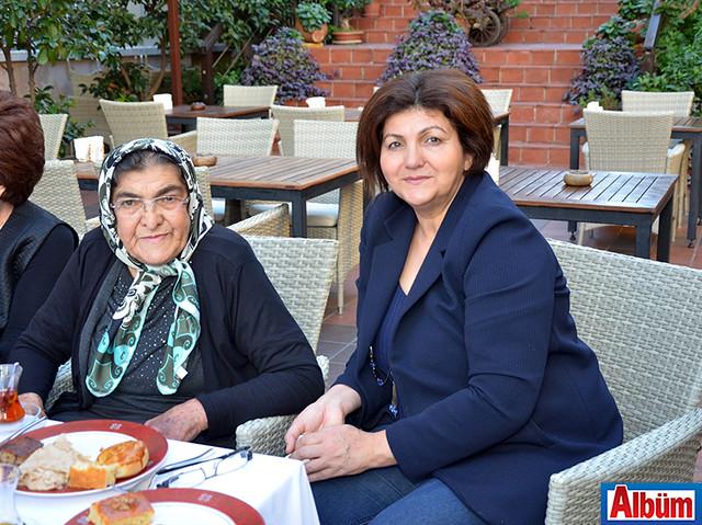 Perihan Köse, Ayşe Akman
