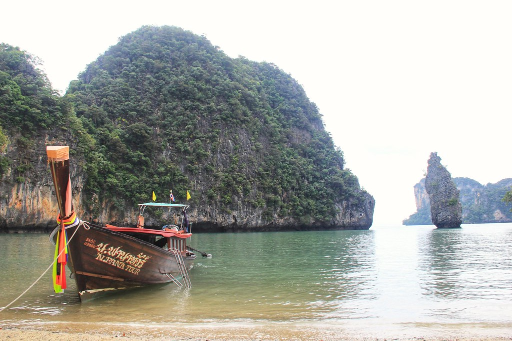Ko Tapu (James Bond Island)