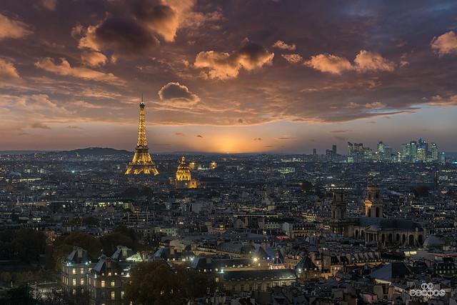 Paris sunset and blue hour