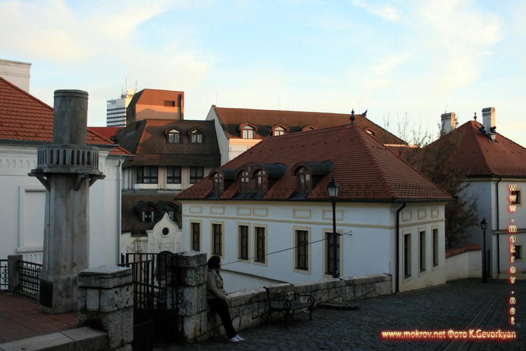 Веспрем — город в Венгрия с фотокамерой прогулки туристов