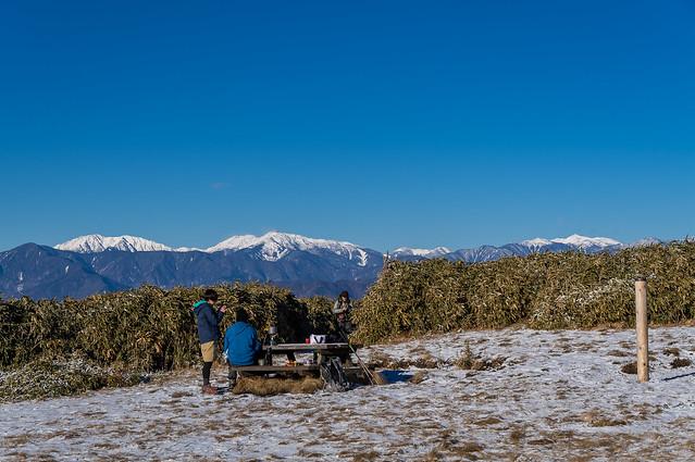 竜ヶ岳山頂と南アルプス