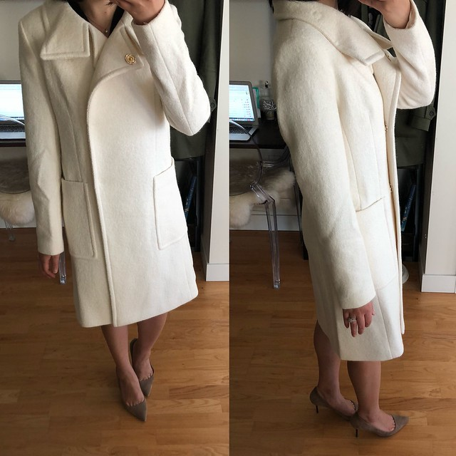 Ann Taylor Boucle Funnel Neck Coat, size XXS regular