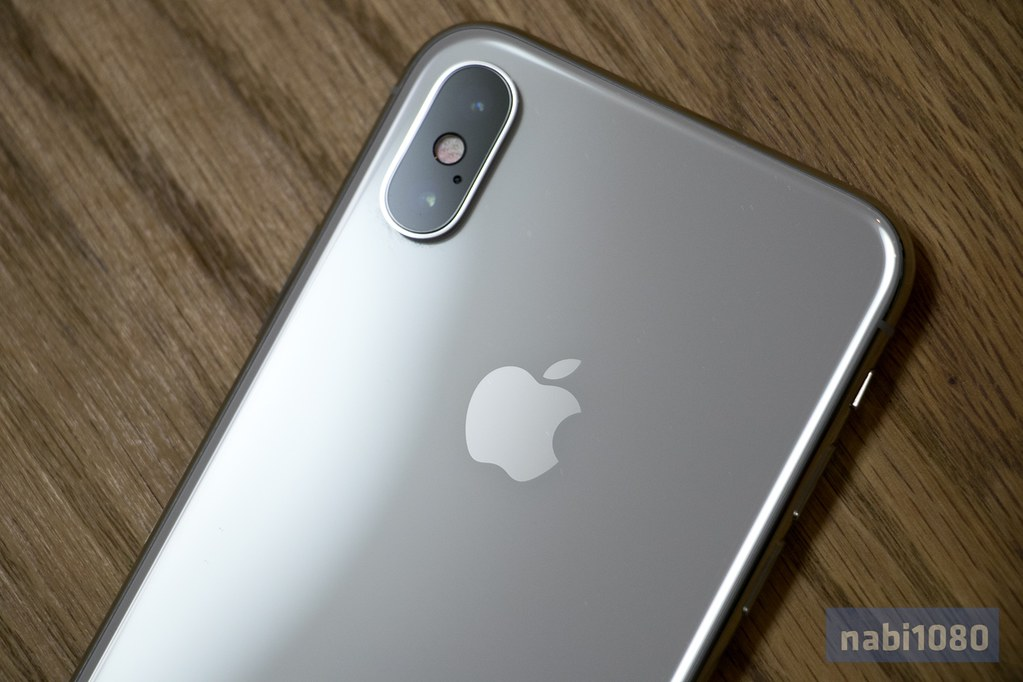iPhone X04