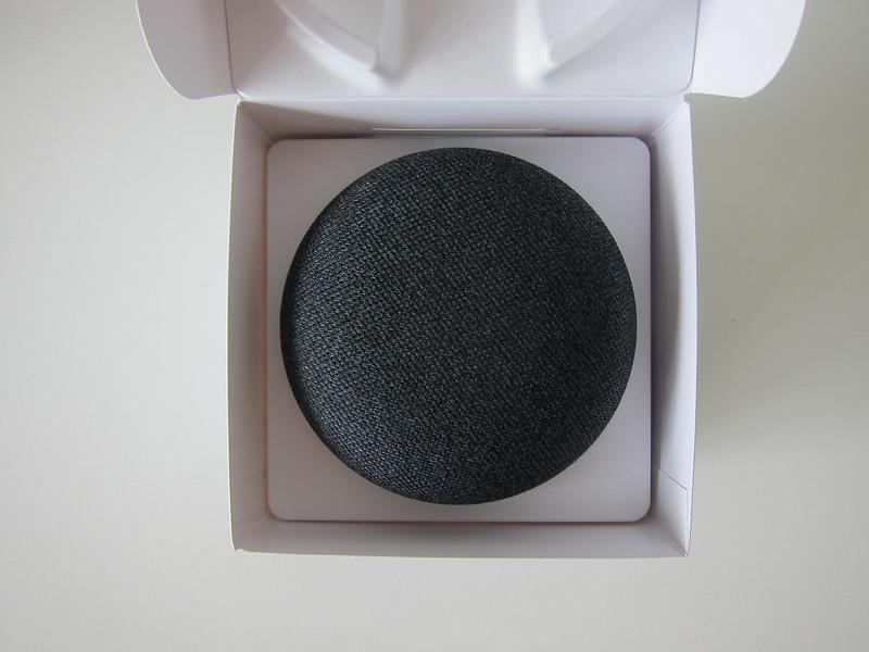 Google Home Mini - Box Open