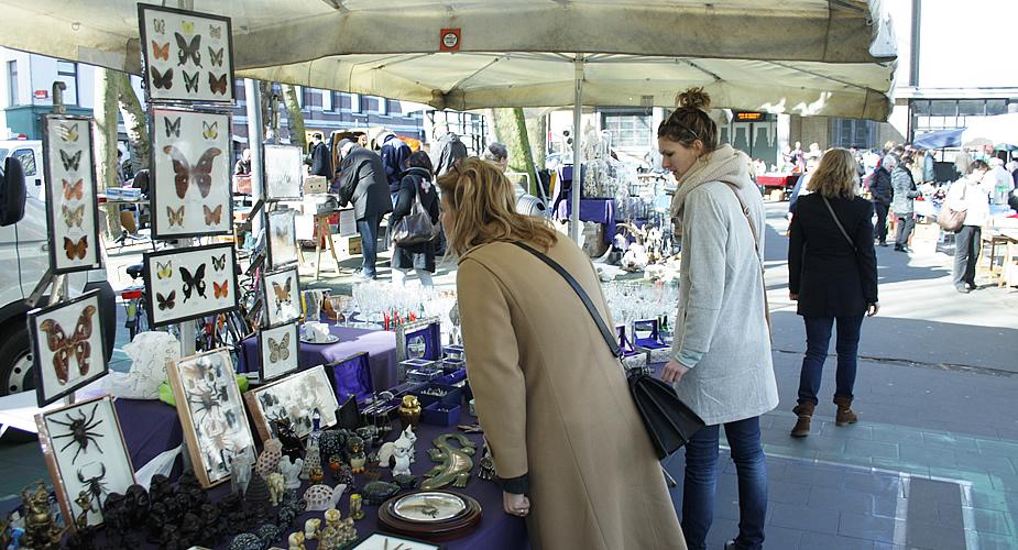 Rommelmarkt Sint Jansvliet, Antwerpen | Mooistestedentrips.nl