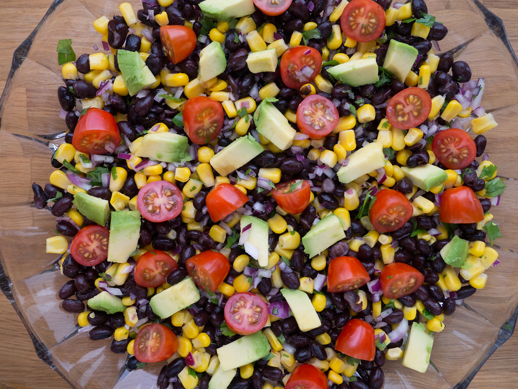 Recipe for easy 5-Minute Black Bean Avocado Lime Salad