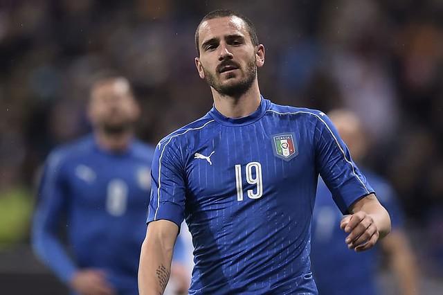 Bonucci menangis setelah menderita patah hidung melawan Swedia