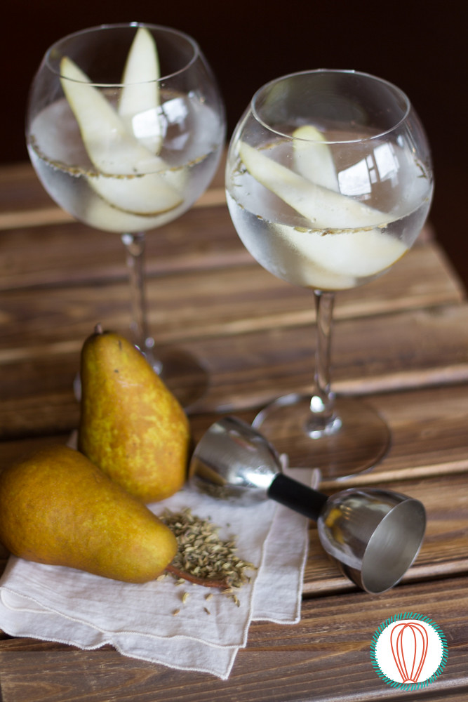 Happy Hour: Pear & Fennel Seed Gin Cocktail