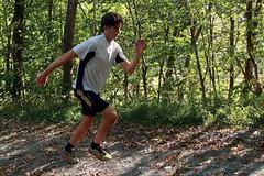 Atletická běžecká cvičení: Imitační cvičení s holemi a bez holí pro běžce na lyžích