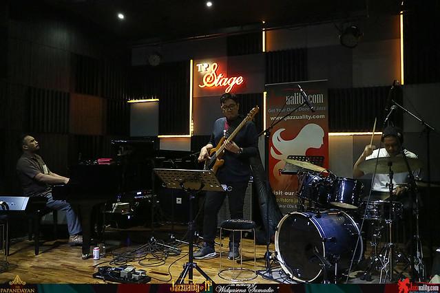 Jazzuality-TP1-Widyasena-RafiMuhammad (4)