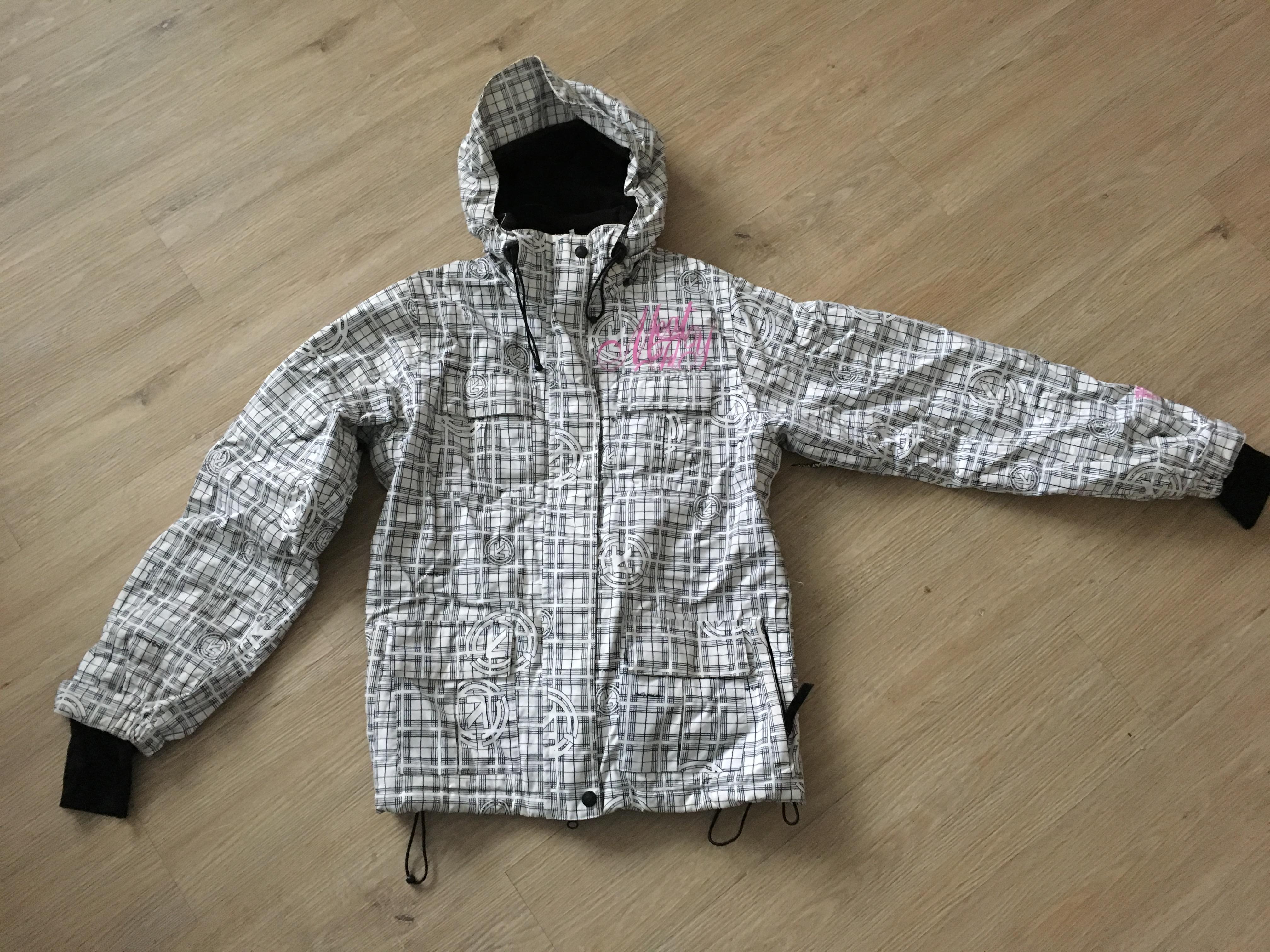 Zimní bunda Meatfly - Bazar - SNOW.CZ 4e395aceb7