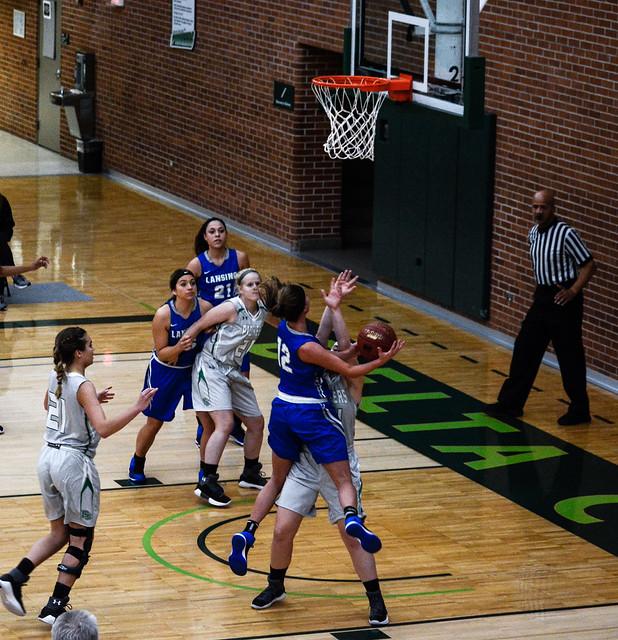 Women's Basketball 12-1-17