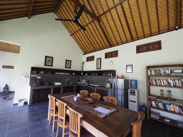 金, 2017-11-10 00:41 - Villa Mangga