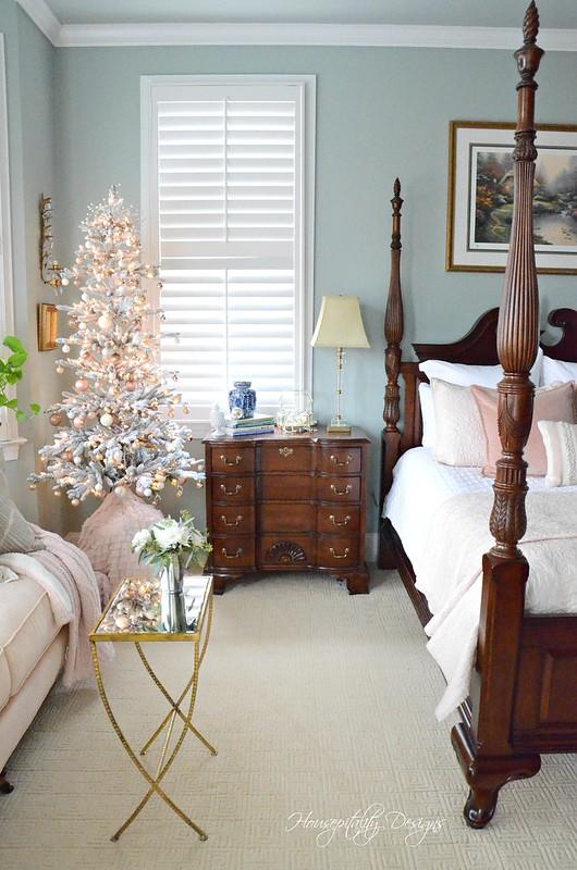 Christmas MasterBedroom-Housepitality Designs-5