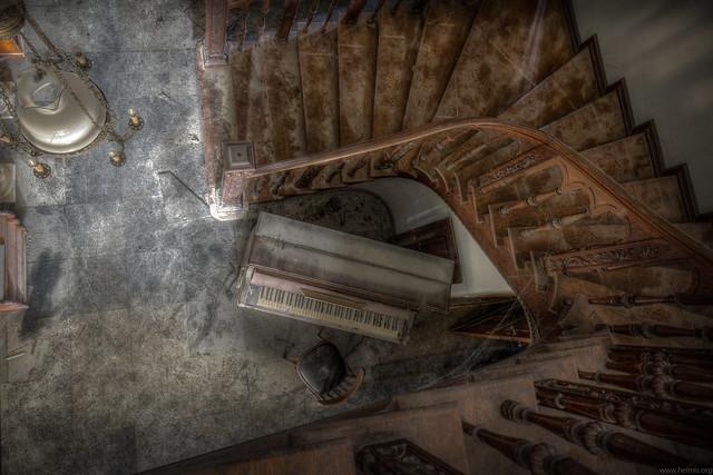 the forgotten piano