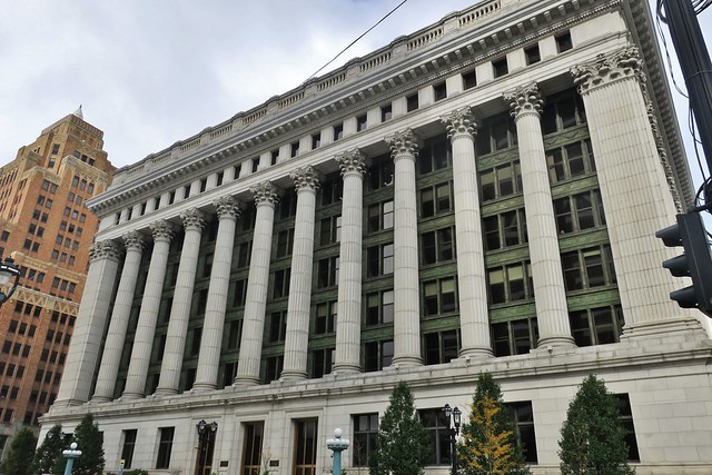 Milwaukee: Northwestern Mutual Life Insurance Building