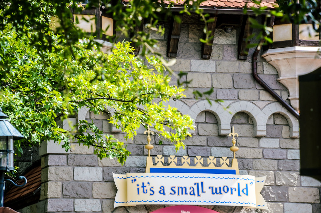Tree it's a small world MK