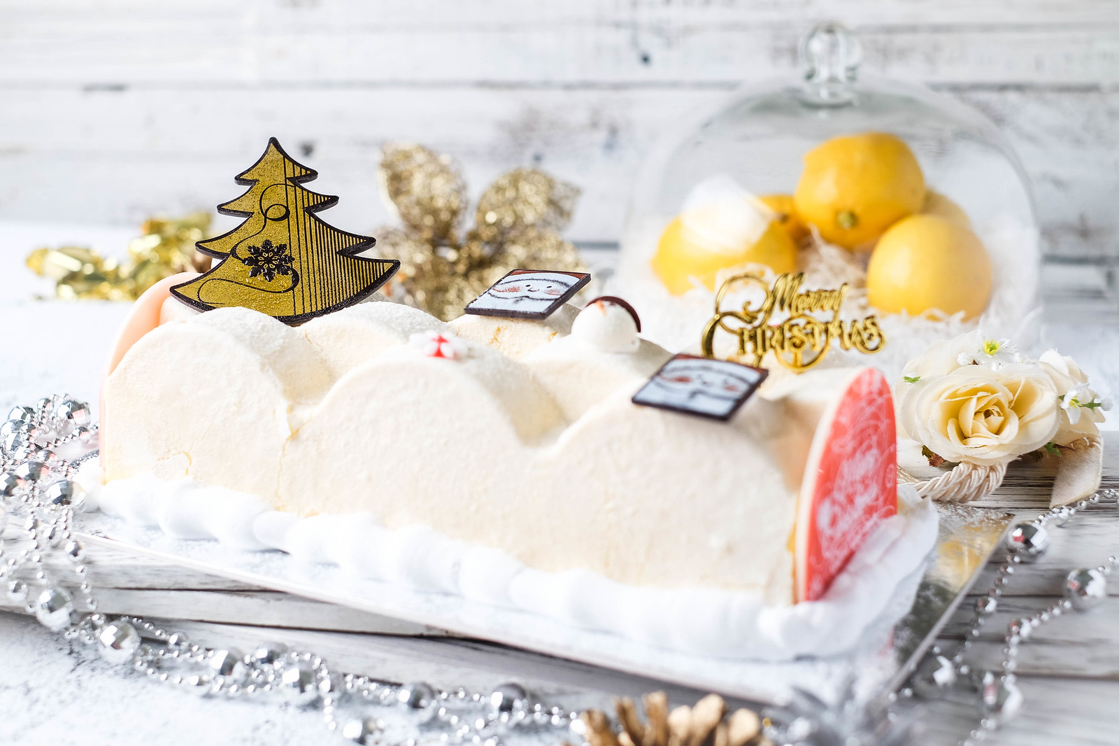 Have a Sensational Christmas With a Slew of Sweet Treats!