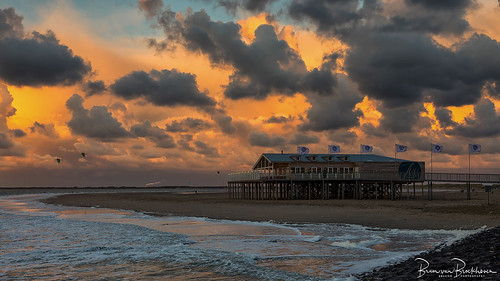 Beachclub Sea (Strandclub Zee)