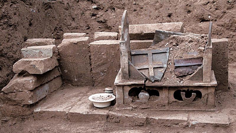 Kotak peti yang diduga berisi relikui Sri Buddha. Foto: Live Science - Chinese Cultural Relics