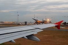 Flughafen Paris CDG - Photo of Monceaux