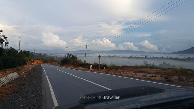 Jalan menuju Perbatasan Aruk, Kalimantan Barat